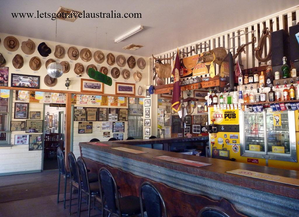 Nindigully-Pub-inside